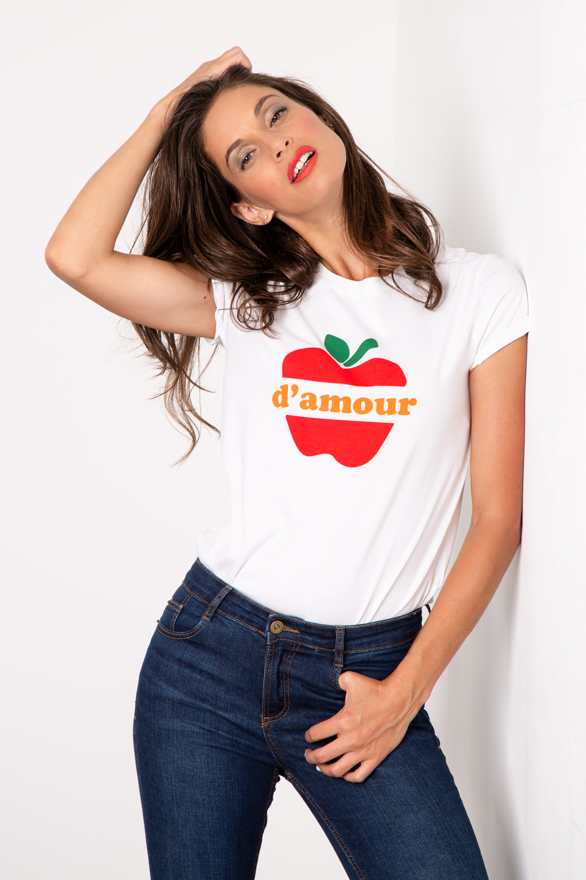 Photo de T-SHIRTS COL ROND Tshirt POMME D'AMOUR chez French Disorder