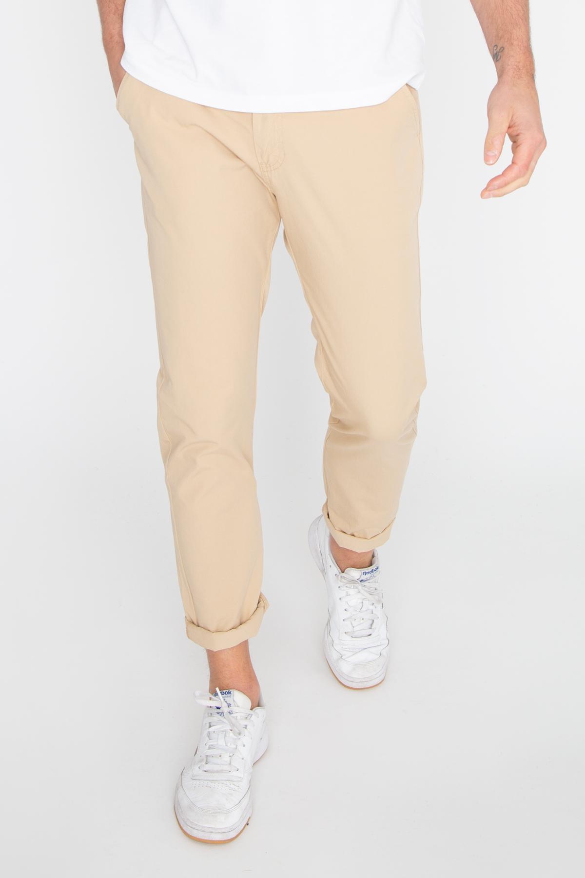 Photo de Urban pants Pantalon Chino STAN chez French Disorder