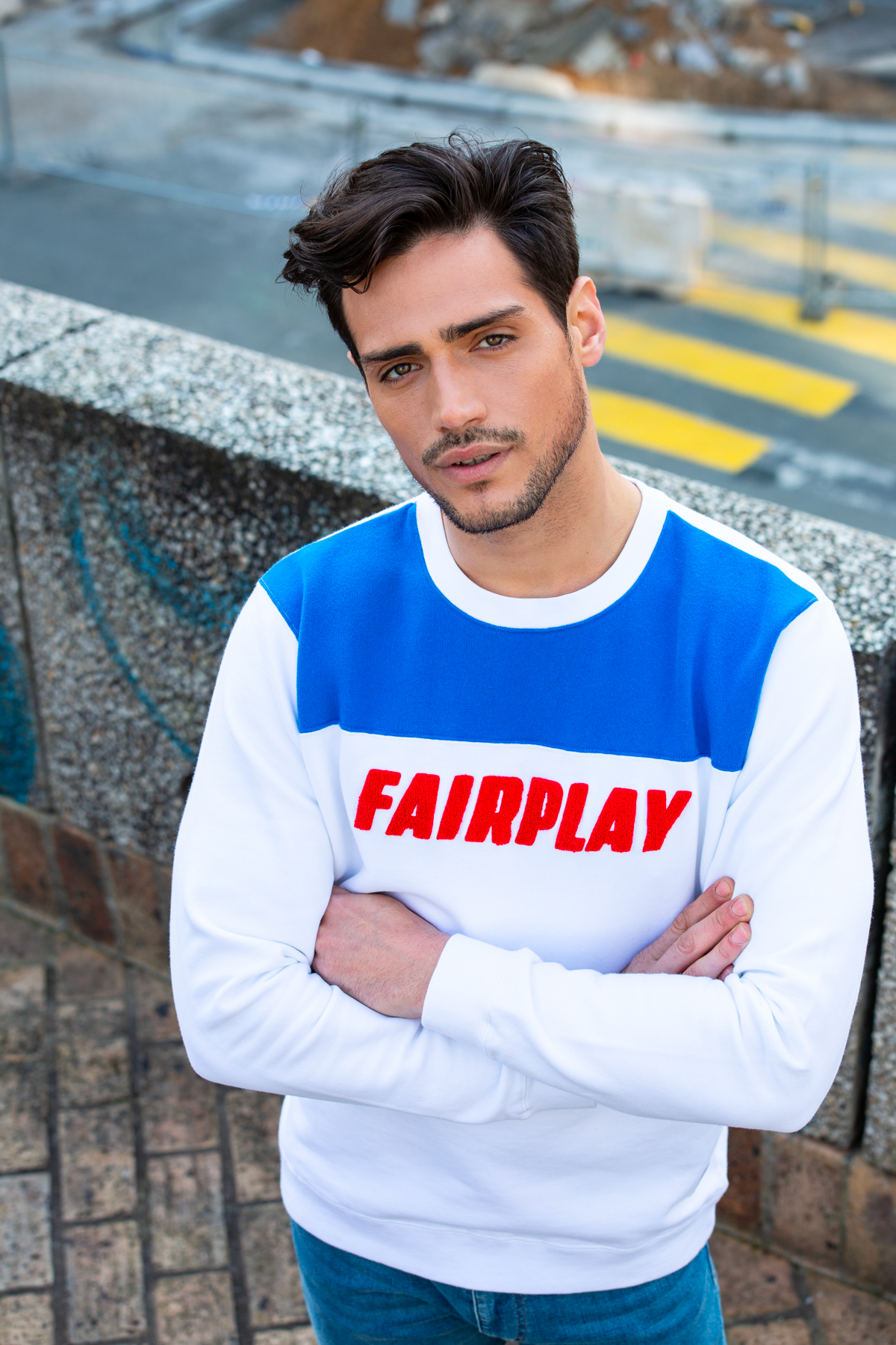 Photo de SWEATS Sweat FAIR PLAY broderie chez French Disorder