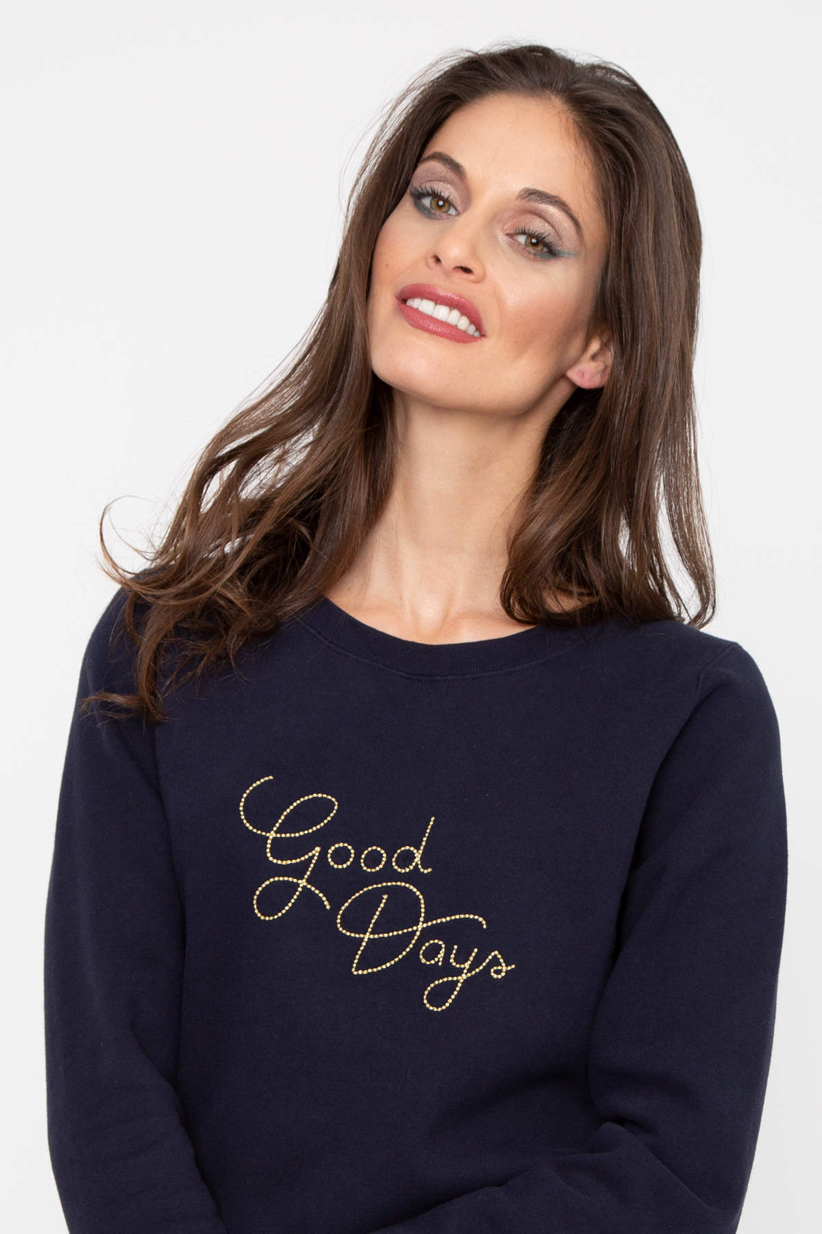 Photo de SWEATS Sweat GOOD DAYS BRODERIE chez French Disorder